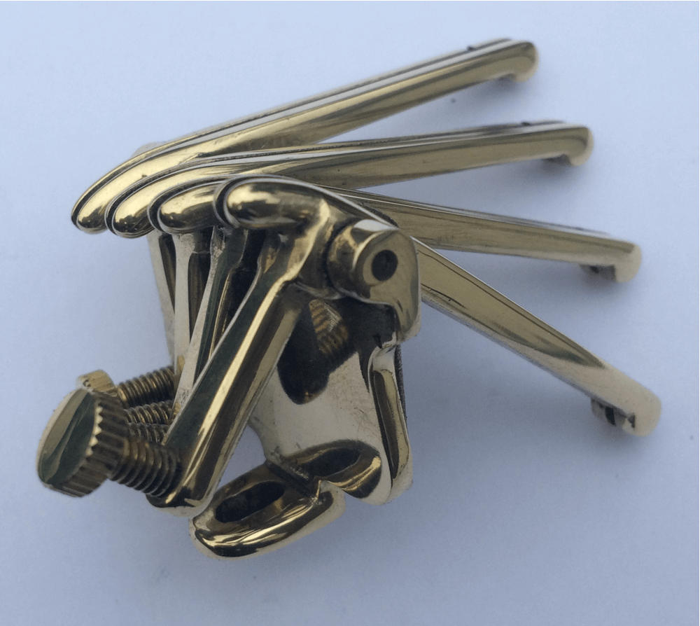 oettinger tailpiece 4 string version in brass