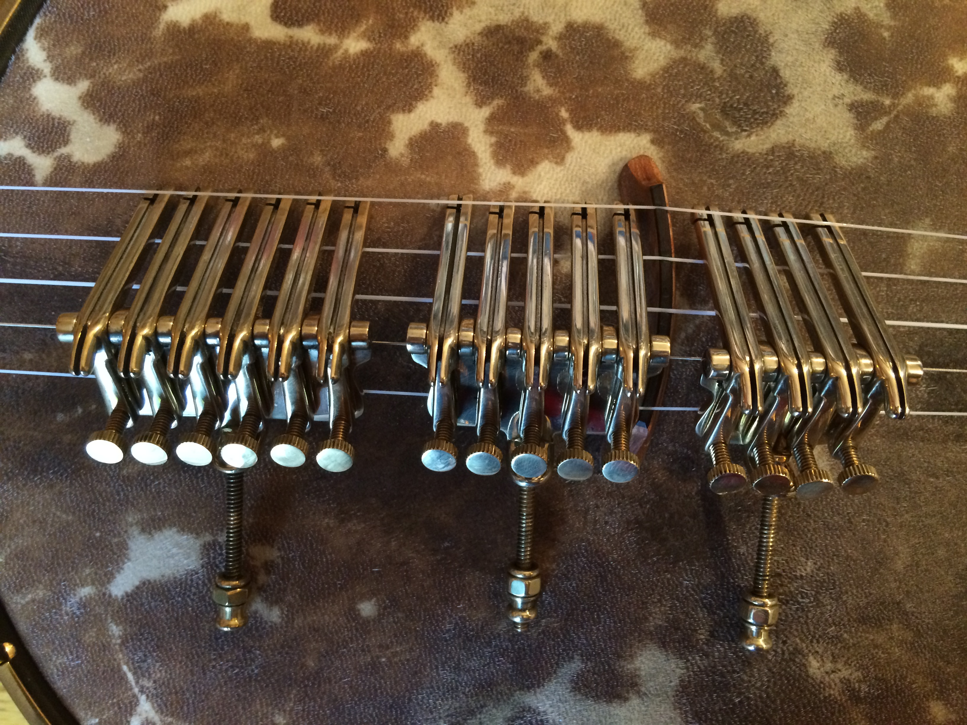 4 String, 5 String and 6 String Oettinger tailpieces.