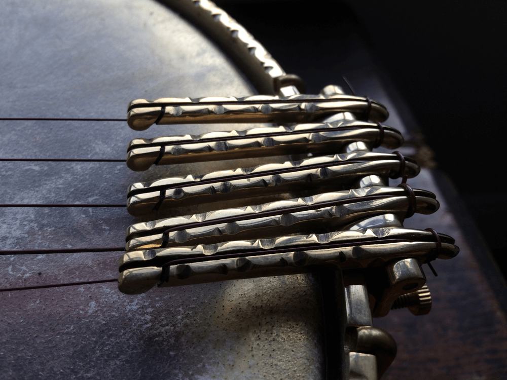 Vine and Thorn brass 5 string Oettinger tailpiece